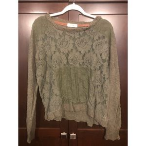 •• Green Lace Sweater ••